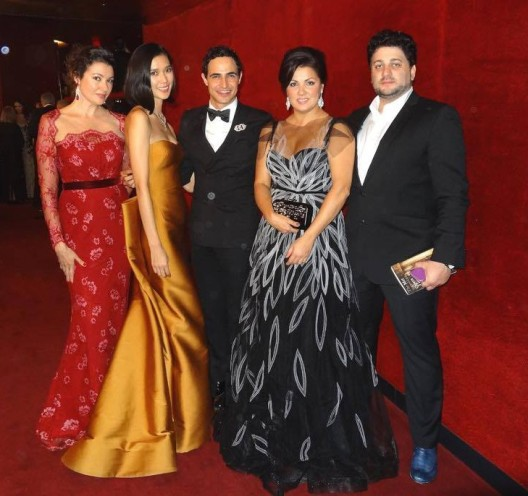 Anna Netrebko, her fiancè and her sister Natalia with Zac Posen and and model Tao Okamoto
