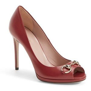 Gucci_Gisele open toe pumps