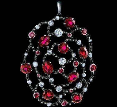 Jewellery Theatre_byzantium_pendant_1