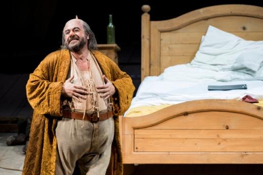 "Verdi, ""Falstaff"", directed by Daniele Abbado, Teatro Regio Torino 2017. Carlos Alvarez."